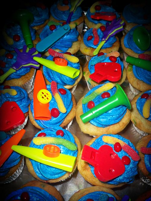 Noah bday cupcakes 10